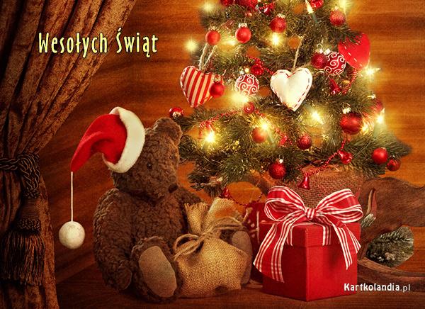 Pod bożonarodzeniową choinką